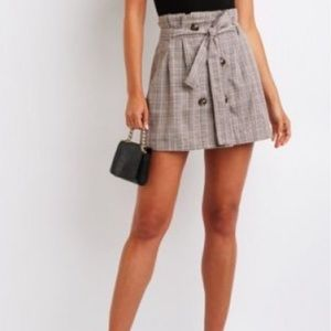 NWOT! Plaid CR skirt with buttons and tie🍂